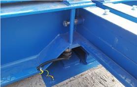 Место установки тензодатчика в вагонных весах БАМ