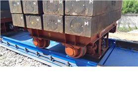 Весоповерочная тележка с 2-х тонными гирями на платформе вагонных весов БАМ