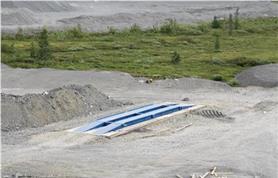 Автомобильные весы до 60 тонн с металлическими въездными пандусами на монолитном бетонном основании