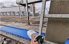 Монтаж оборудования для видеофиксации процесса загрузки вагонов на железнодорожных весах БАМ