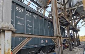 Вагон-хопер на вагонных весах БАМ с воможностью разгрузки в подвесовое подвальное помещение непосредственно на вагонных весах
