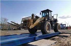 Весы автомобильные ВАЛ установлены на временном фундаменте для сезонных работ