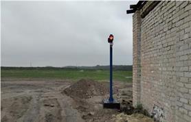 Установка светофора и видеокамеры на готовую мет.опору на специальный бетонный блок