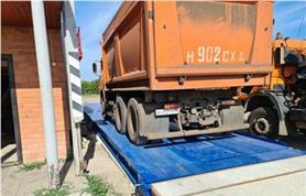Взвешивание грузового автомобиля на автовесах ВАЛ-80-18 (до 80 тонн, 18 метров)