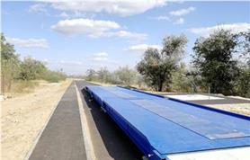 Установка автомобильных весов поднятых над уровнем земли на 40-50 см с двумя 4-х метровыми въездными пандусами является наиболее частым вариантом установки автовесов