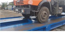 Взвешивание грузового автомобиля на большегрузных автомобильных весах ВАЛ